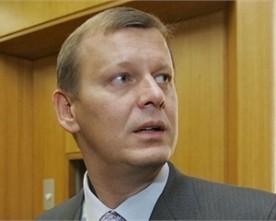 В Артемівську журналіста грубо виштовхали із зустрічі Клюєва з виборцями