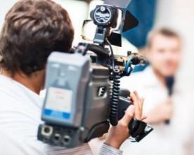 """Кореспонденту газети """"Точка опори"""" не дозволяли знімати на дільниці у Дніпропетровську"""