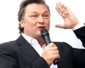 Кандидат в мери Києва, телеведучий Геннадій Балашов в ефірі каналу «Київ» назвав Путіна наркоманом