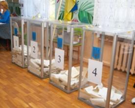 У Миколаєві член ДВК перешкоджав журналістці знімати підрахунок голосів