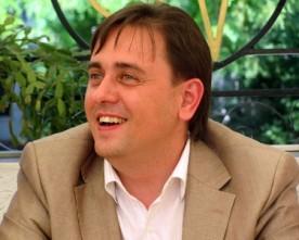Кандидат у народні депутати Гліб Головченко заявив про спробу штурму його телеканалу ТАК TV невідомими особами