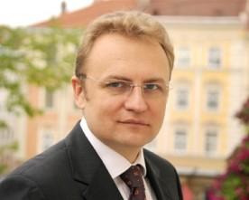 Один з центральних телеканалів останній тиждень поливав «Самопоміч» брудом – Андрій Садовий
