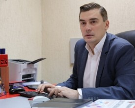«Народний фронт» звинуватив гендиректора ZIK і кандидата в депутати Дмитра Добродомова у «політичній помсті» – той заперечує